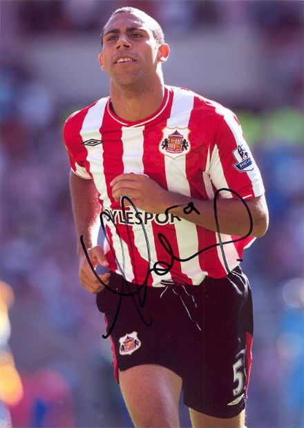 Anton Ferdinand, Sunderland, signed 12x8 inch photo.